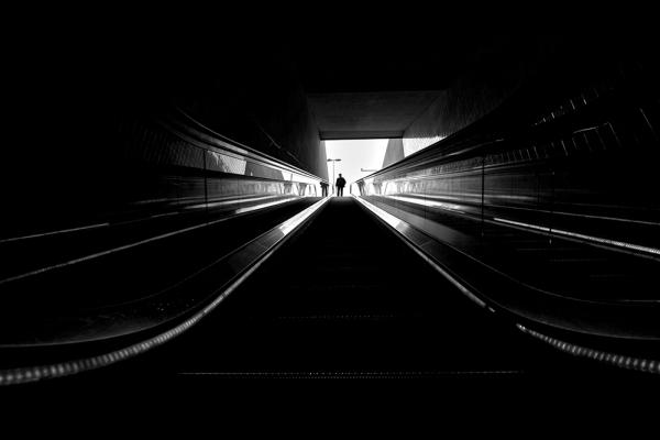 JOÃOZERO - GO DOWN IN BLACK STEPS AND...