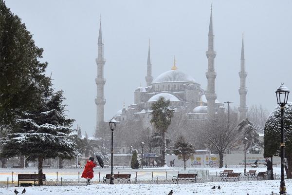 SERGE HORTA - SNOWSTORM IN ISTAMBUL